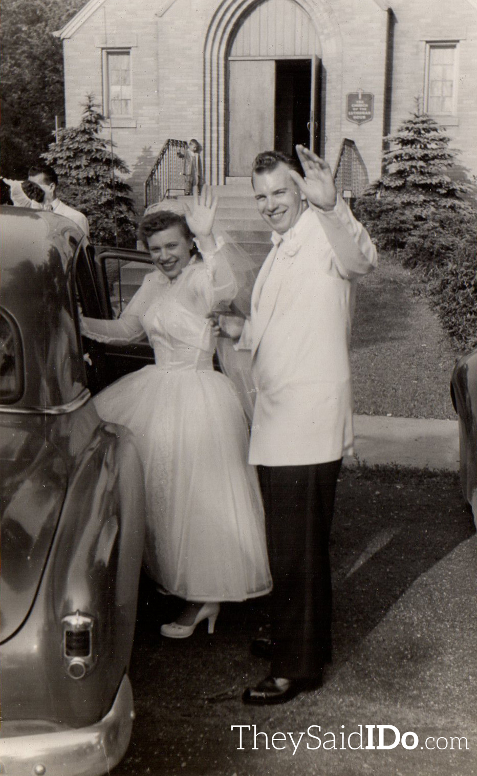 1950s Chicagoland Wedding by Henry Jankowski {TheySaidIDo.com}